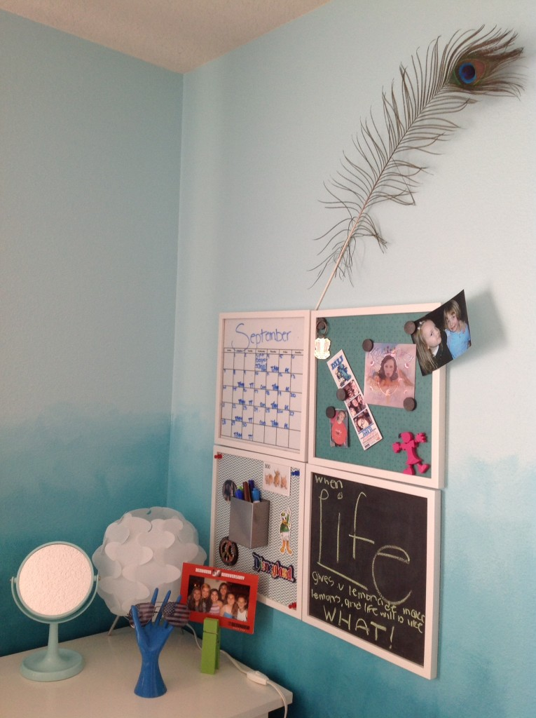 Teen Wall Organizer Created by Julie @ JulieChats.com